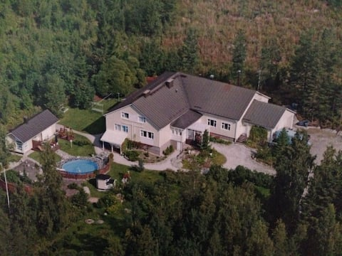 4br 3wc Big, beautiful house with swimming pool