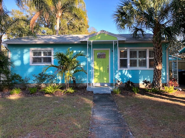Blue Tang Bungalow, steps away from Main Street.