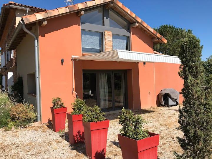 Maison style loft au sud de Toulouse avec piscine