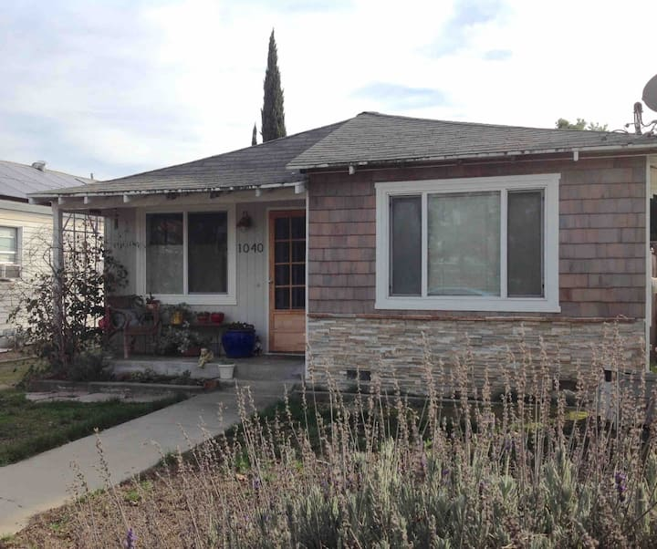 Central location-private bedrm-walkable-WillowGlen