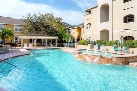 Inviting 1BR Clearwater Condo - Clearwater