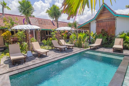 Sunny Bali Cabins in the Village of Canggu #T6 - Kuta Utara - Cabaña