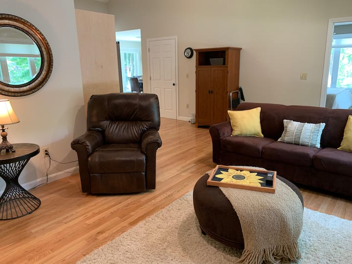 Maple Place, One Bedroom Guest House
