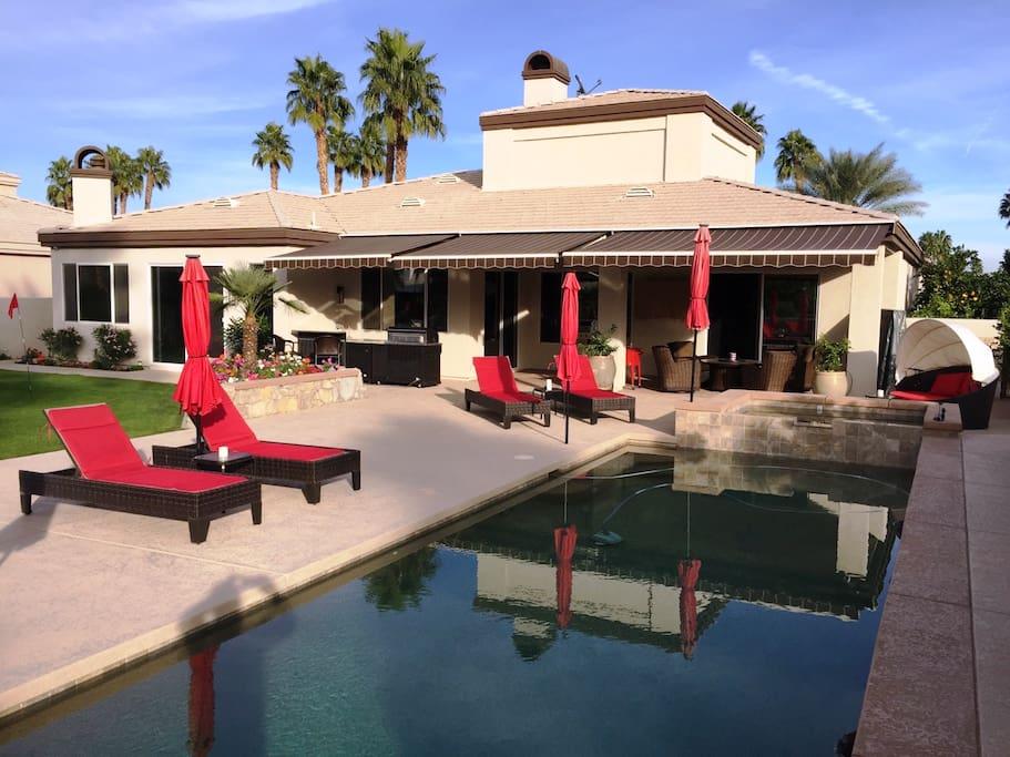 House, Pool, BBQ