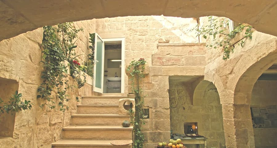 500 year old house Labini str. Mdina, Rabat - Rabat - Huis