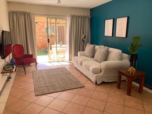 Cozy flat close to Pretoria east hospital