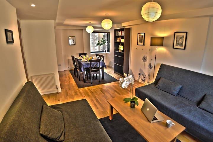 Living-room dining-room