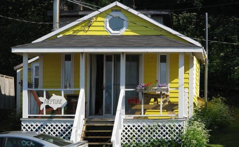 Bay View Cottage - HIGHEST TIDE IN WORLD - harbourville - Kulübe