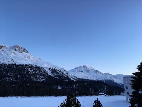 Pis amb vista a la muntanya i sauna