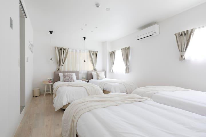 ■距离蓝天大厦2分钟■1LDK35㎡宽敞的设计套房/Bijou Suites Sorriso2F