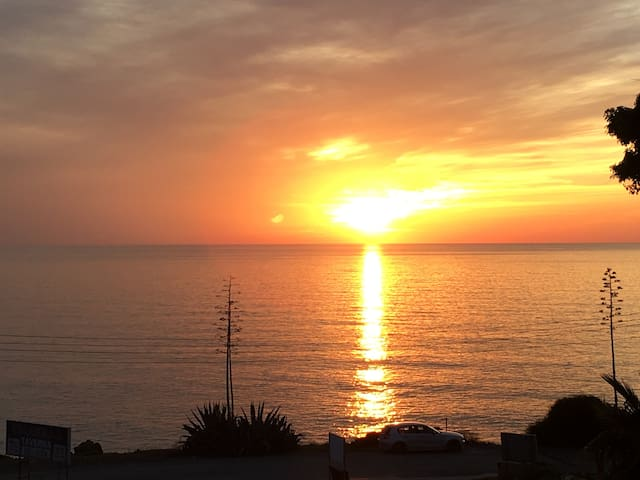 102 Kissonerga Beach Apartments/sea&sunset view