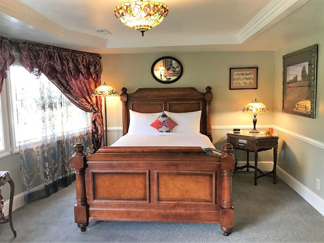 Tiffany Suite at the Heber Senator Bed & Breakfast