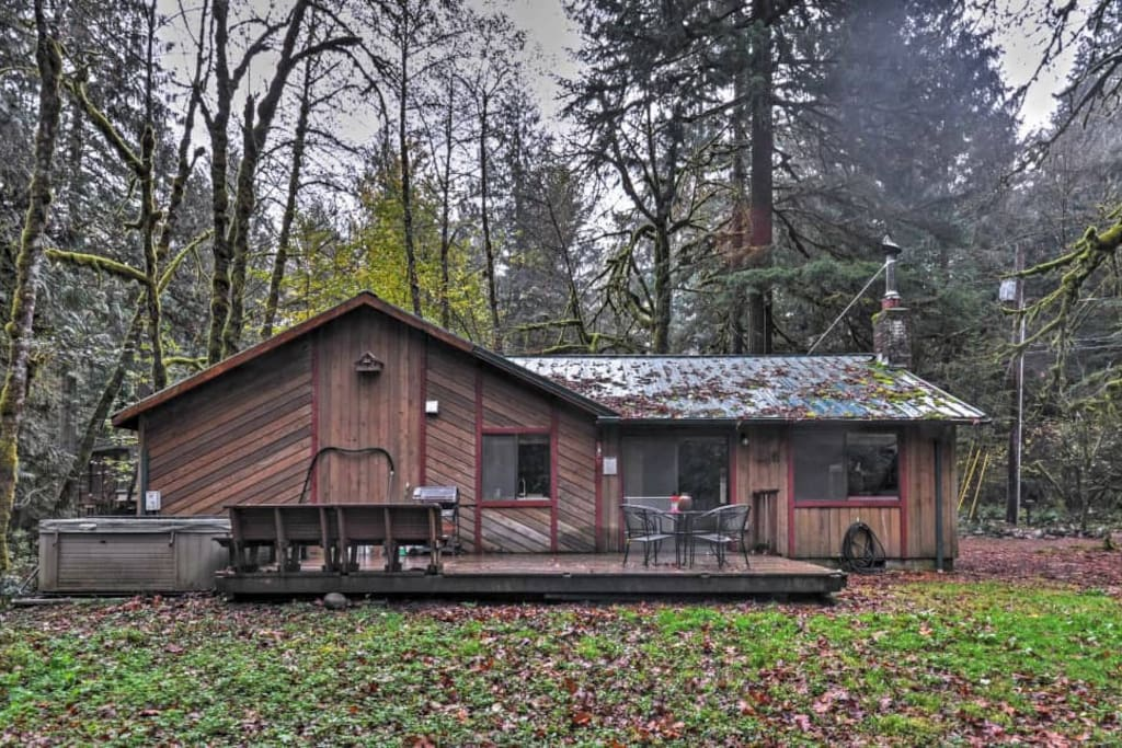 Charming 2br Welches Cabin W Private Hot Tub Cabins For