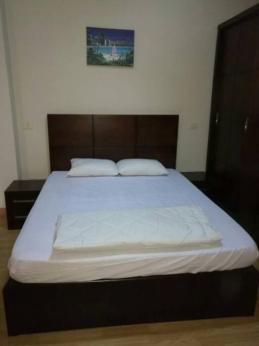 The bedroom with double bed hosts 2 persons