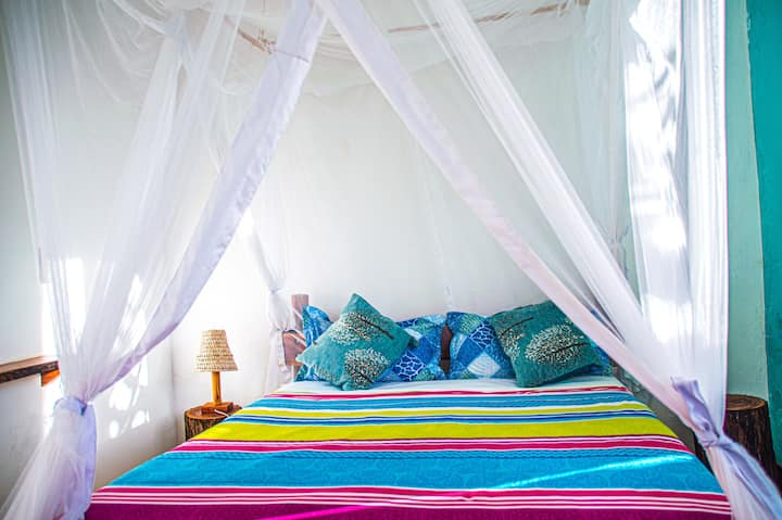 Private Double Room with A/C- Tofo