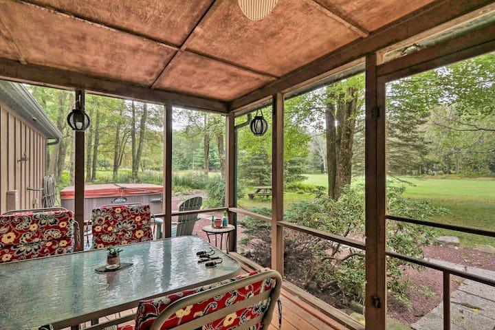 NEW! Pocono Mountains Home w/ Pvt Hot Tub + Grill!