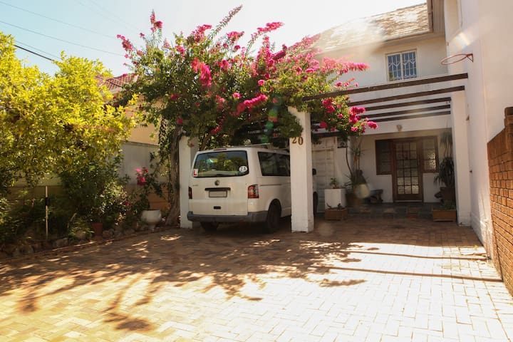 Sunny, secure large family home in leafy Pinelands