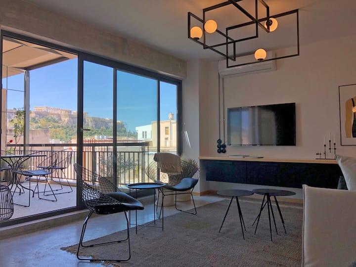 7th-floor luxurious penthouse w/Acropolis view