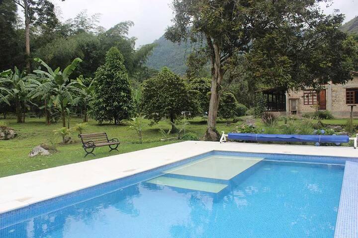 Linda casa de descanso ubicada en la Vega. CD118