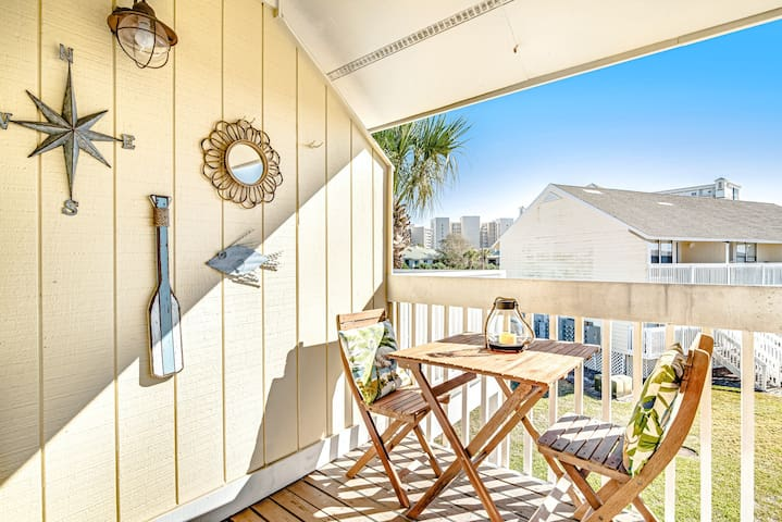 Dog-Friendly Condo with Shared Pool/Hot Tub, High-Speed WiFi, & Private Beach