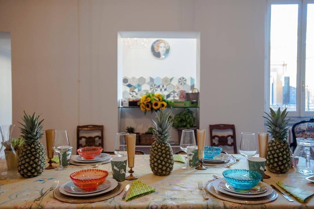 Want to organize an amazing dinner party during your Roman stay? Ask us how