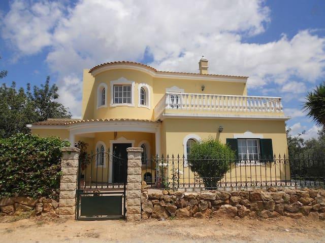 Paraíso no campo - Olhão - Villa