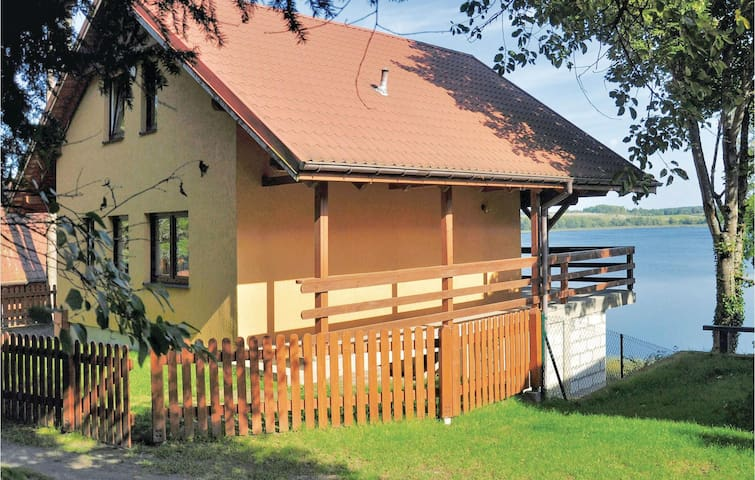 Holiday cottage with 3 bedrooms on 76 m² in Dywity