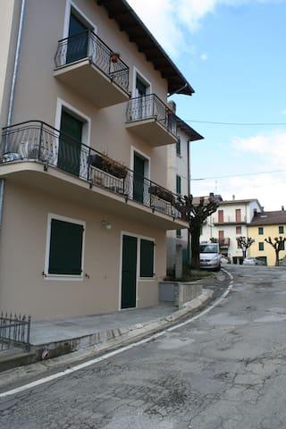 Borgo Piatto 1 - Lizzano In Belvedere - Apartamento