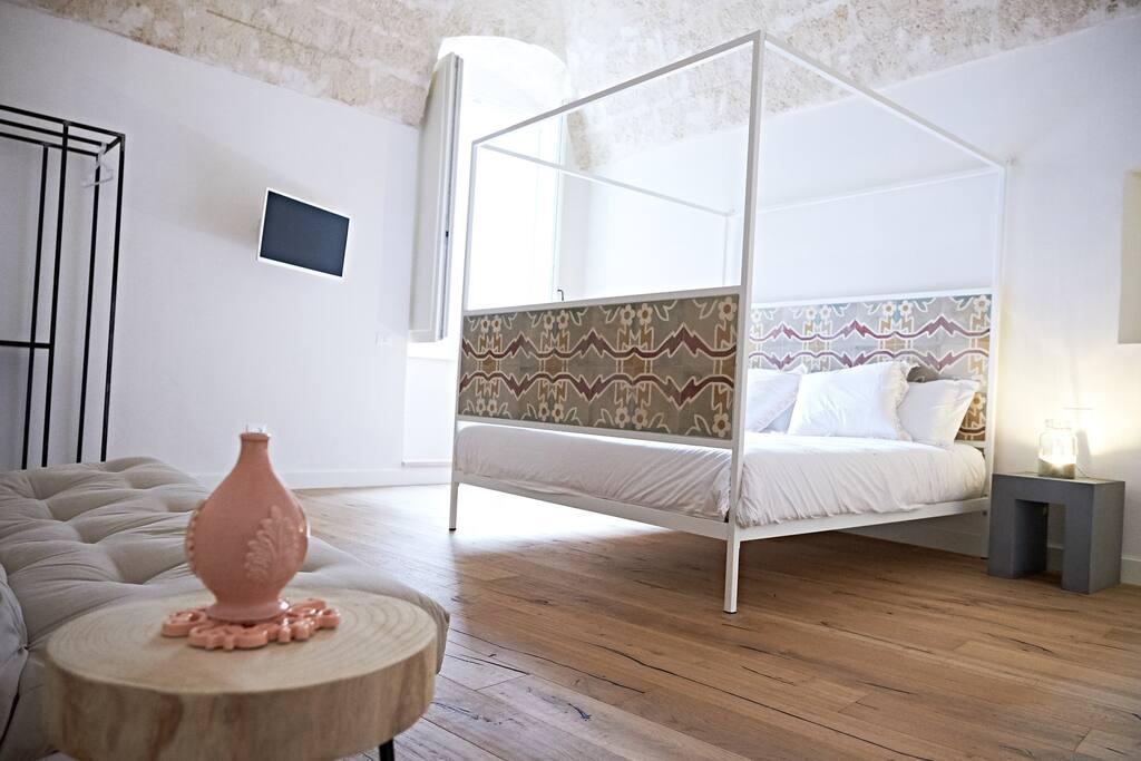 Virginica bedroom