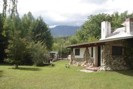 Cabaña Sauce - Los Hornillos - Blockhütte