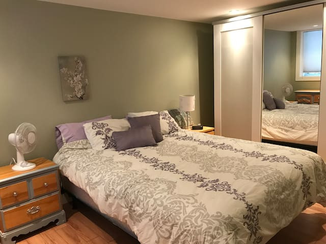 Private Guest Suite in the Glebe