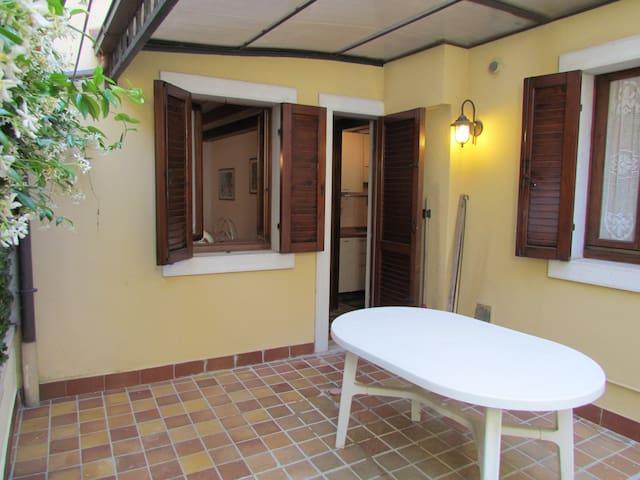 Appartamento  Osei 20 m from the center and lake - Bardolino - Departamento