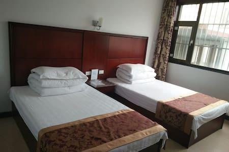 五台山玉峰宾馆――两人间