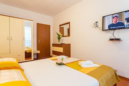 Apartment with Sea view - Slavica 7 - Pomena - 公寓