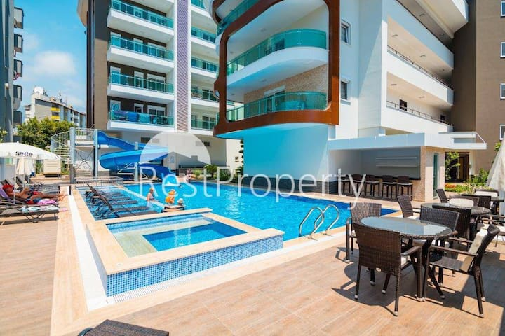 New appartment in luxury complex in 250m fr beach