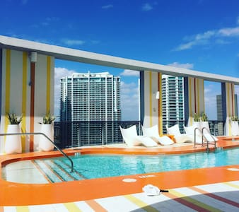 Modern Apartment in the Heart of Brickell - Miami - Daire