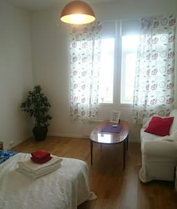 Spacious room centrally in lovely Ås - House