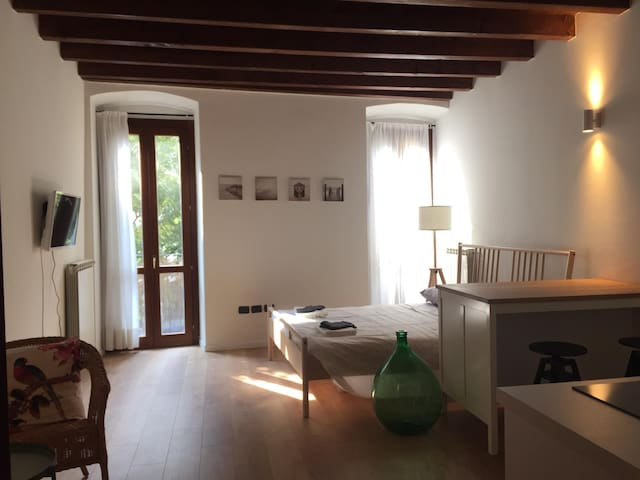 Cosy & elegant studio flat in the heart of Brescia