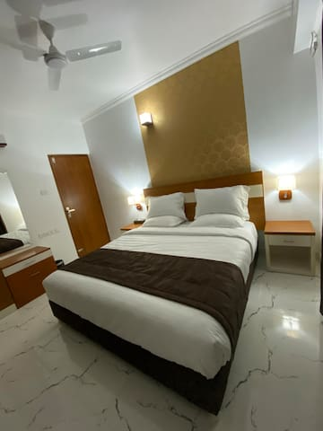 Utsavam Hotel Apartments - Studio