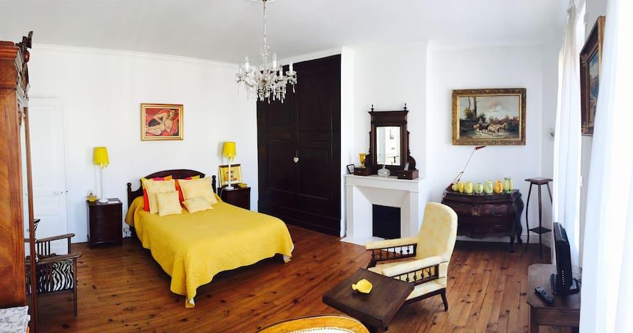 Magnifique chambre dans maison de maître - Moissac - Byhus