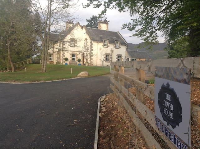 Dower House Newtonmore, Alt Mhor
