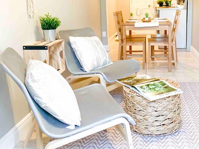 🏝☕️Cozy, private beach home by Atlantic Ave! VAKBNB