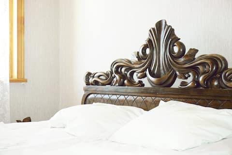 Soba sa bračnim krevetom Zedafoni u pansionu