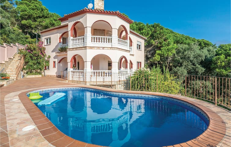 Holiday apartment with 3 bedrooms on 140m² in Lloret de Mar