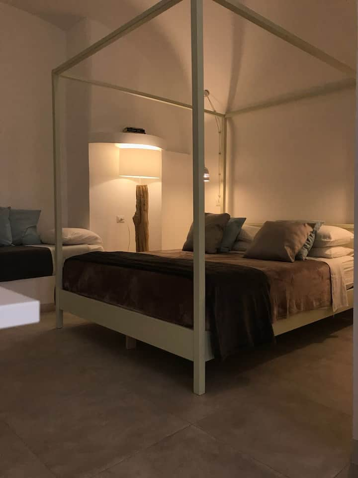 VIA PALMIERI 11 luxury room CONCHIGLIA