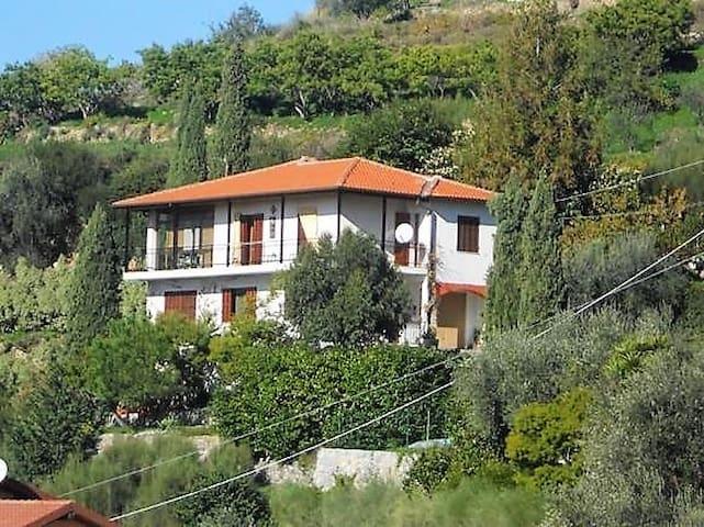 Casa Calandri, appartamento in casa di campagna