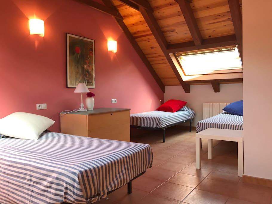 Habitación de 3 camas