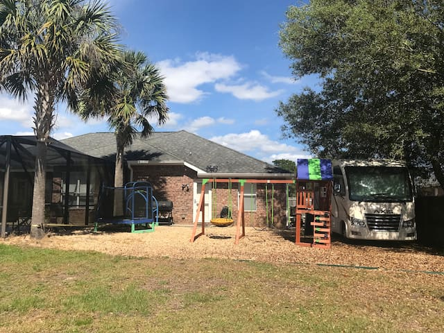 RV minutes away from the Emerald Coast beaches!