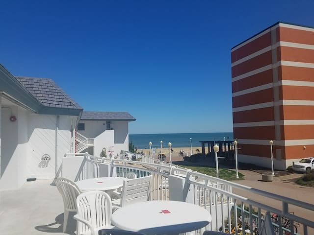 Beach Nut - Virginia Beach Oceanfront! - Virginia Beach - Appartement en résidence