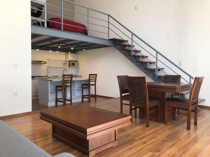 Moderno loft - llegada indep - estac/WIFI gratuito